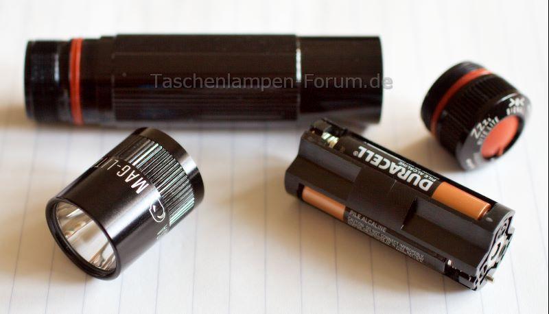 MAGLITE XL100 Taschenlampe, zerlegt